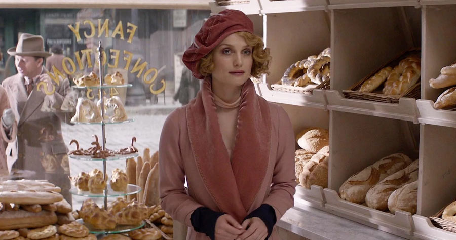 Complete Guide To Queenie Goldstein Costume Inspired By Alison Sudol