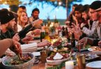10 Amazing Ideas to Host a Thanksgiving Dinner