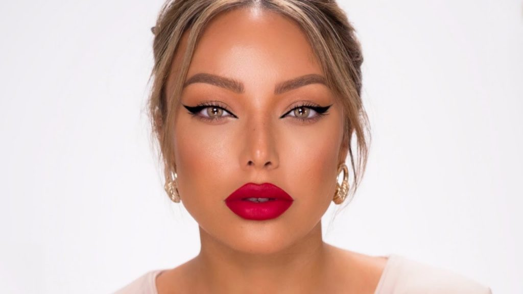 Winged Liner and Red Lips