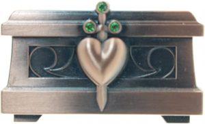 Heart box pin