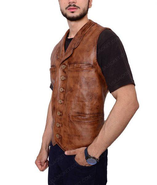 ohn Wayne Distressed Brown Leather Vest
