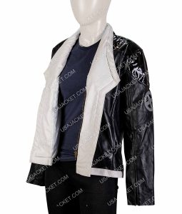 Shioli Kutsuna Coat