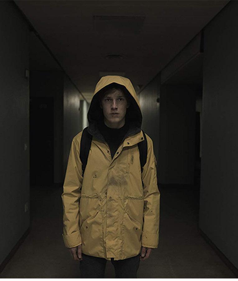 Dark Jonas Kahnwald yellow Jacket