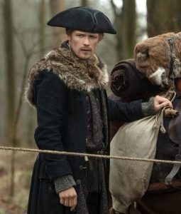 Sam Outlander s04 Jamie fur coat