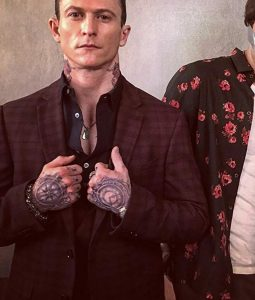 Charlie's Angels Jonathan Tucker Checkered Blazer