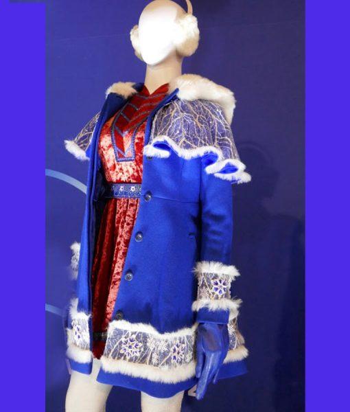 Noelle Anna Kendrick Blue Coat