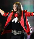 Michael Jackson Style Tribute Concert Christina Aguilera Red Jacket