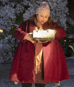 Chrissy Metz This Is Us Season 04 Maroon Coat