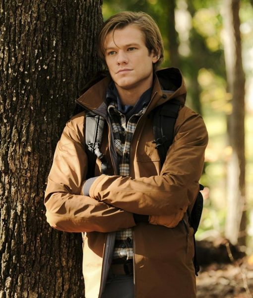 Angus MacGyver Lucas Till MacGyver S03 Jacket With Hood