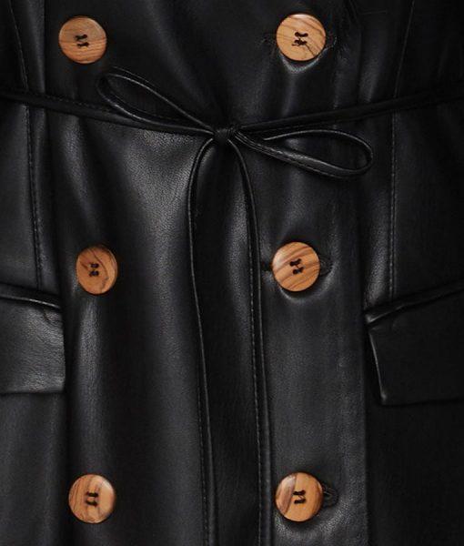 Dynasty S03 Ep16 Fallon Carrington Black Coat