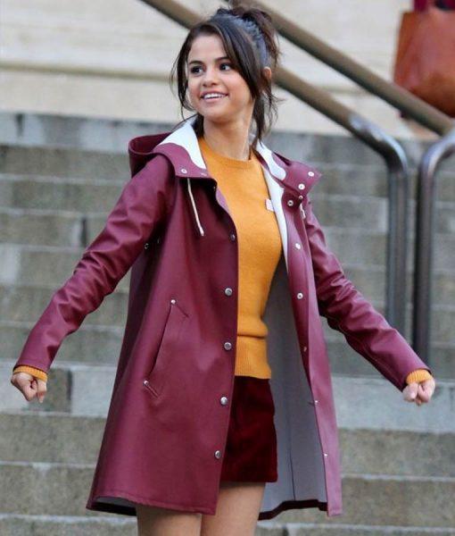 Selena Gomez A Rainy Day in New York Chan Raincoat