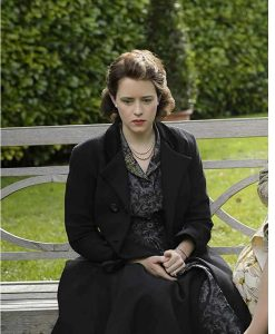 The Crown S04 Claire Foy Coat