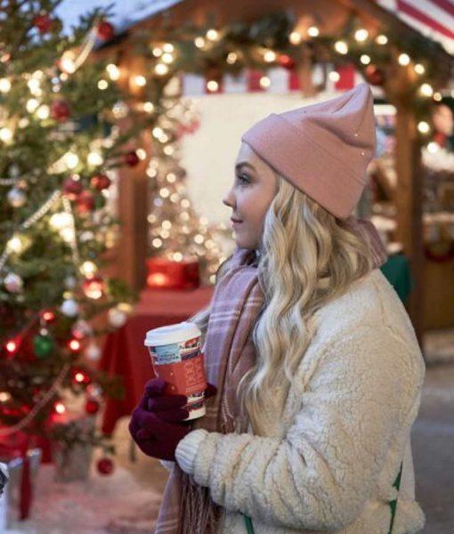 A nashville Christmas Carol Sherpa white Jacket