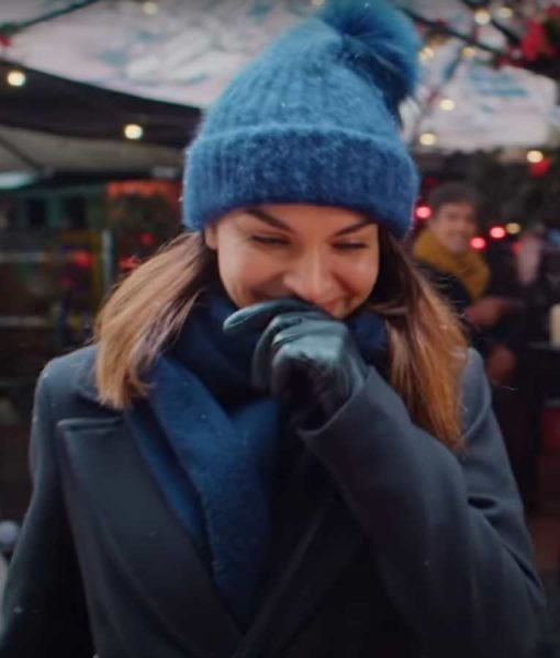Johanne Home for Christmas Season 02 Coat