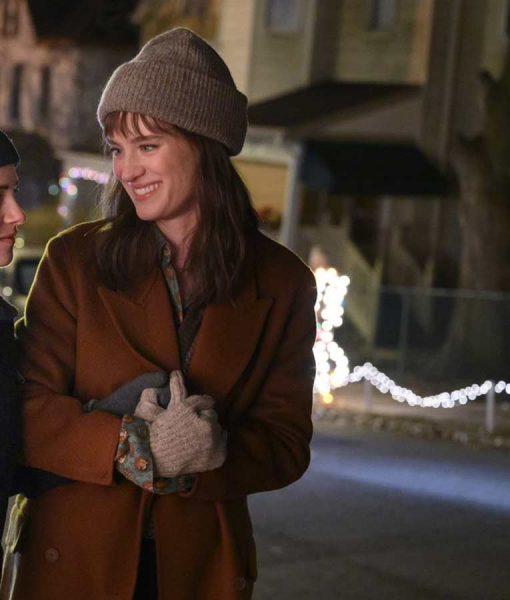 Mackenzie Davis Happiest Season Harper Coat