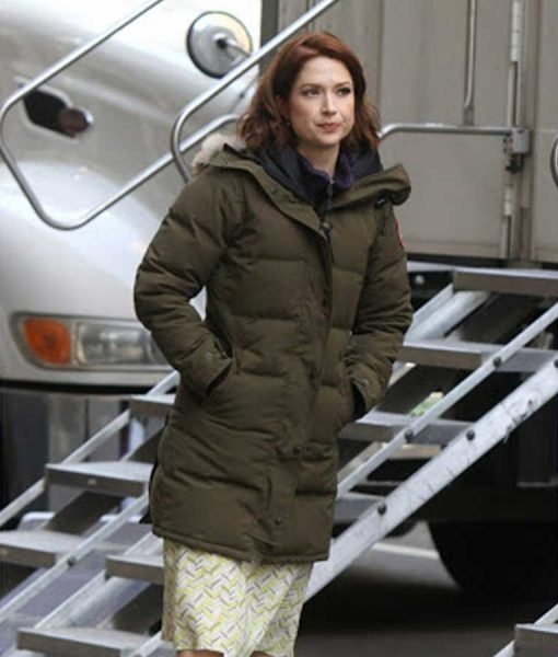 The Stand-In Ellie Kemper Puffer Coat With Hood