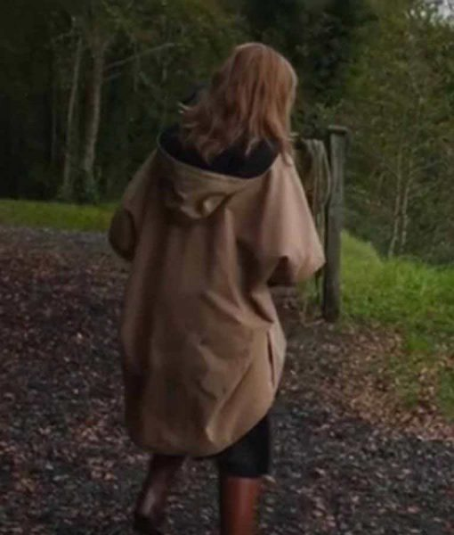 Rosemary Wild Mountain Thyme Emily Blunt Poncho