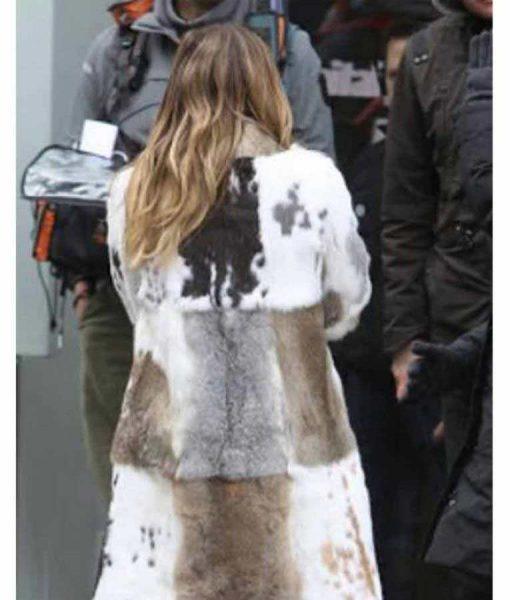 Younger Hilary Duff Season 7 Fur Coat
