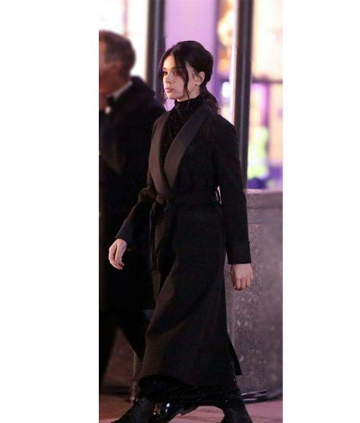 Kate Bishop Hailee Steinfeld Black Coat