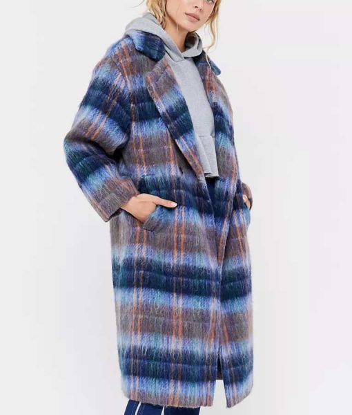 Love Life Hope Davis Plaid Coat