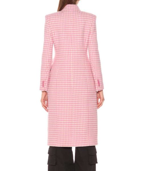 Younger S07 Kelsey Peters Checkered Pink Coat