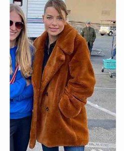 Chloe Decker Lucifer S05 Part 2 Lauren German Fur Coat