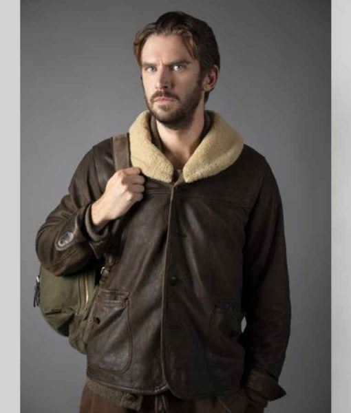 Otto Solos (2021) Dan StevensLeather Jacket With Shearling Collar