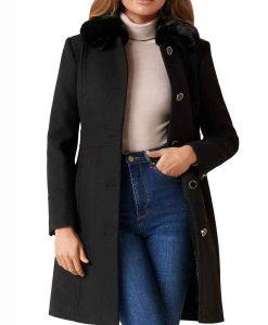 Batwoman S02 Mary Hamilton Black Coat With Fur Collar