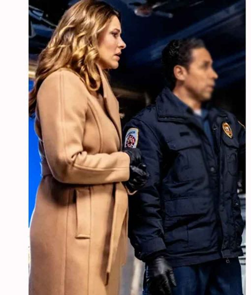 Mystery 101 Killer Timing Amy Winslow Trench Coat