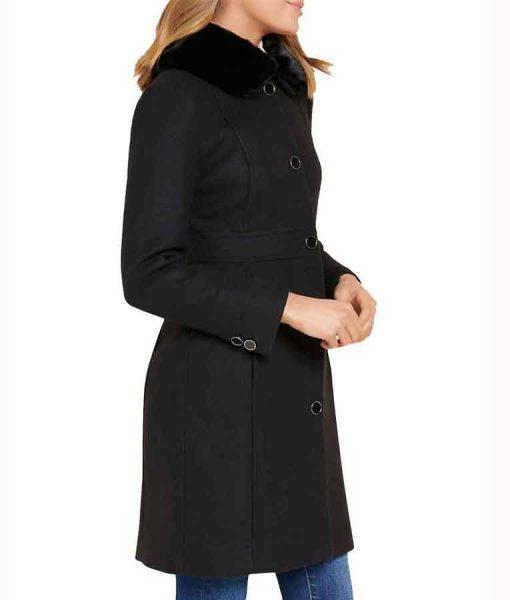 Nicole Kang Batwoman S02 Mary Hamilton Black Coat With Fur Collar