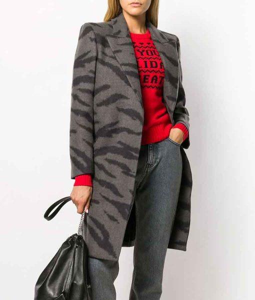 Katie Stevens The Bold Type S05 Jane Sloan Tiger Print Coat