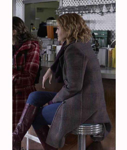 Hope LaurenThe Republic of Sarah 2021 Corinne Dearborn Coat